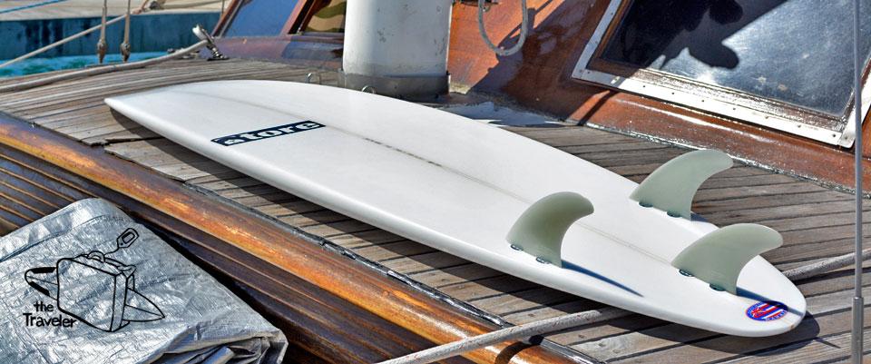 traveler tore surfboard